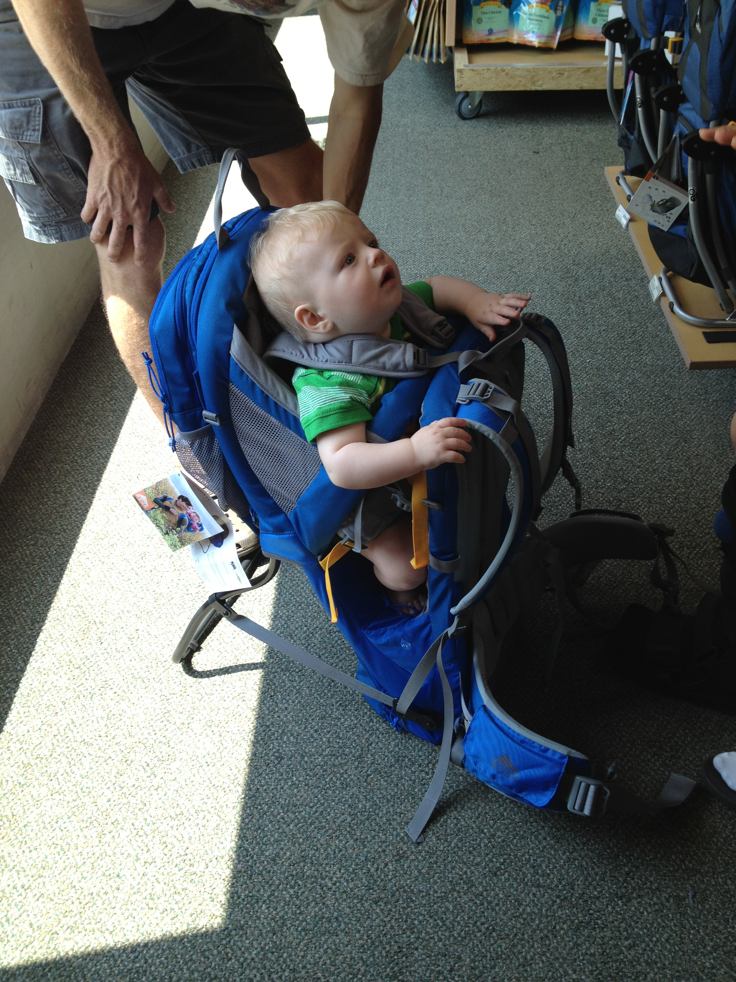 196fd00d8fb Testing out the Kelty Pathfinder 3.0. It was a comfortable fit and Little  Brim kept smacking his hands against dad s back–which signals a positive  review.